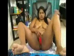 Desi BBW toys her lustful pussy